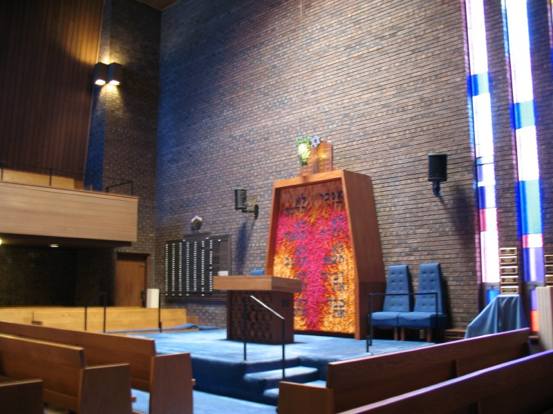 synagogue_inside_2